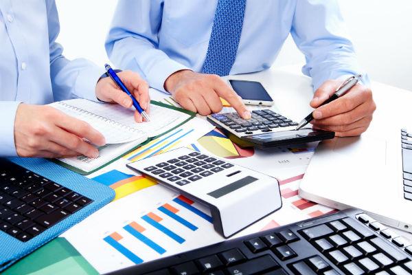 От чего зависит сумма уставного капитала? (Фото: Kurhan - Fotolia.com).