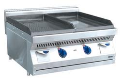 Жарочная поверхность (аппарат контактной обработки) АКО-80Н гладкая/рифленая (серия 700). Фото с сайта http://www.klenmarket.ru