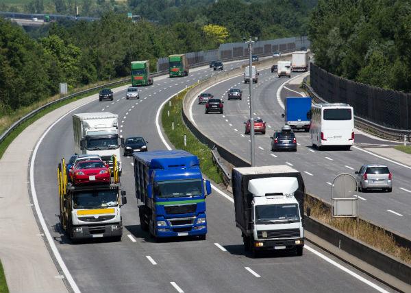 Как привлечь клиентов и сделать транспортный бизнес прибыльным (фото: Gina Sanders - Fotolia.com).
