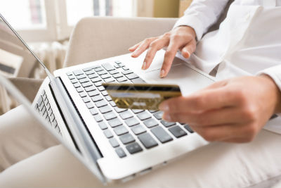 Правила использования ККМ для интернет-магазинов и офлайновых торговых точек ничем не различаются. (Фото: ldprod - Fotolia.com).