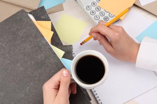 Подсчитываем затраты на открытие бизнеса и предполагаемые доходы (фото: photl.com).