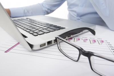 Кто должен заниматься оформлением документов о ликвидации (фото: freedigitalphotos.net).