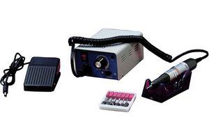 Аппарат для маникюра и педикюра CT-1211. Фото с сайта imin.ru