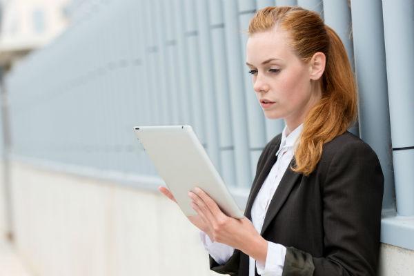 Как оформляется командировка за рубеж и рассчитываются командировочные выплаты (фото: contrastwerkstatt - Fotolia.com)