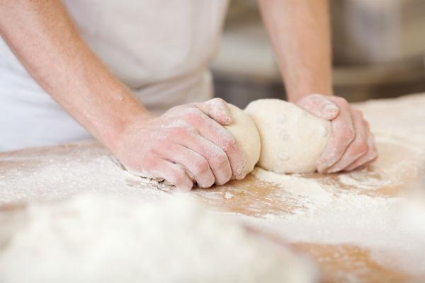 От персонала пекарни зависит если не все, то очень многое (фото: contrastwerkstatt - Fotolia.com).