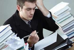 Рекомендательное письмо: представить сотрудника в лучшем свете (фото: kommersant.uz).