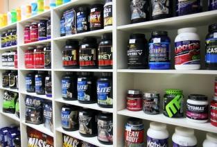 Открываем магазин спортпита: от выбора помещения до расчетов (фото: bbpro.ru).