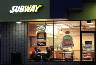 Как открыть кафе «Сабвей» по франшизе. Фото с сайта redalertpolitics.com