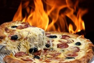 Какое оборудование необходимо приобрести для открытия пиццерии. Фото: sattriani - Fotolia.com