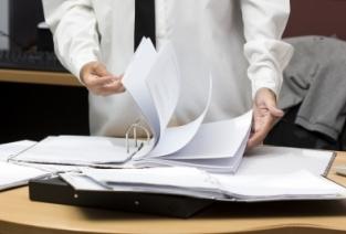 Собираем документы для оформления предпринимательства (фото: freedigitalphotos.net)