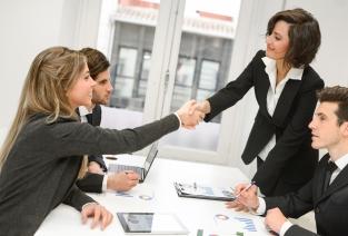 Когда работы успешно выполнены: составляем акт приема-передачи (фото:  javiindy - Fotolia.com).