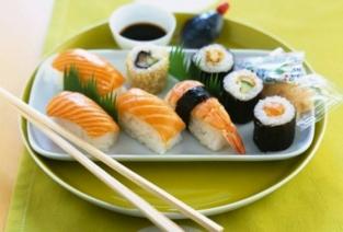 Суши-бар может стать прибыльным бизнесом. Как этого добиться? (Фото: otvedai.net).