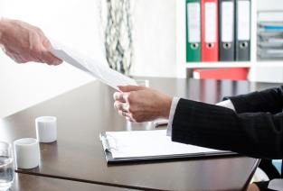 Как уведомлять о расторжении договора аренды? (фото: © thodonal - Fotolia.com).