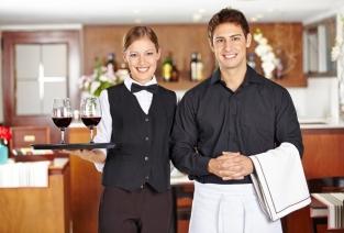 Выбор оборудования для ресторана. Фото: Robert Kneschke - Fotolia.com