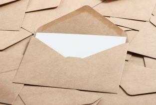 Как справиться с потоком входящих документов и все зарегистрировать (фото © taa22 - Fotolia.com).