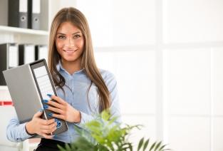 Как нужно вести табель учета рабочего времени (фото: Fotolia.com).