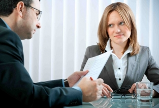 Как индивидуальному предпринимателю принять на работу сотрудника (фото: woman-project.com).