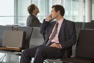 Чтобы отправить сотрудника в командировку, нужно правильно оформить все документы (фото: © flairimages - Fotolia.com).