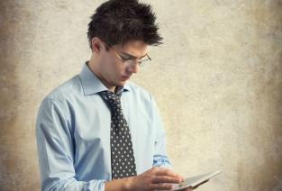 Могут ли несовершеннолетние заниматься предпринимательской деятельностью официально? (Фото: stillkost - Fotolia.com)