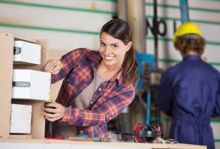 Аттестация рабочих мест или спецоценка (фото: Tyler Olson - Fotolia.com).