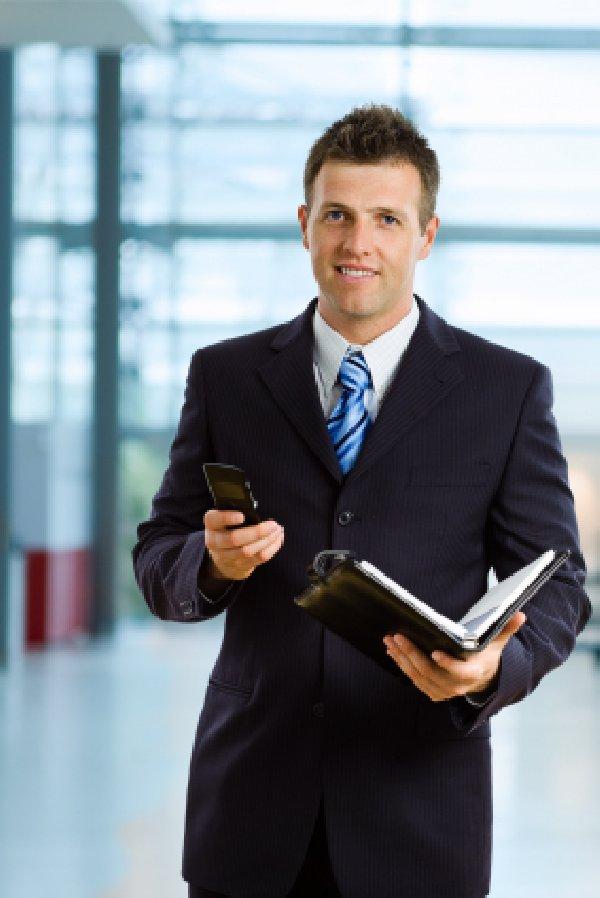 Как оставаться на плаву в управляющем бизнесе? (Фото: reklamanagement.ru)