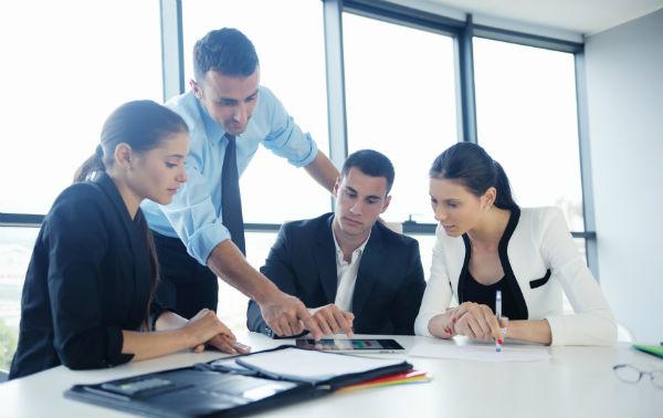 Какие документы должны дополнительно представлять иностранные граждане. (Фото: .shock - Fotolia.com).