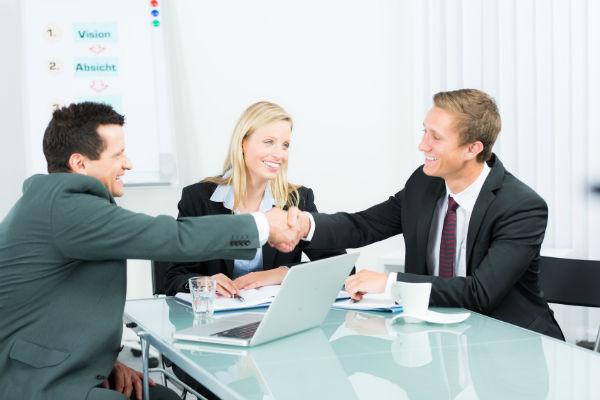 Договор о создании ООО считается заключенным в момент подписания. (Фото: Picture-Factory - Fotolia.com).