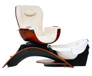 Педикюрное кресло «Maestro». Фото с сайта imin.ru