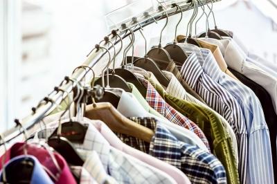 Мужская одежда составляет всего 10 % ассортимента секонд-хенда (фото: freedigitalphotos.net).